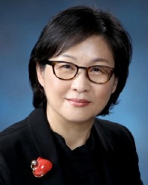 고애란 교수